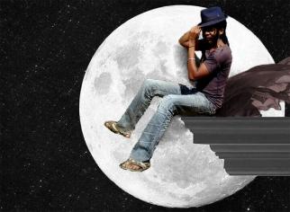 Moon howling