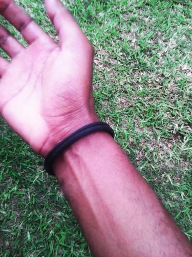 wearing elastic hair band as wristband