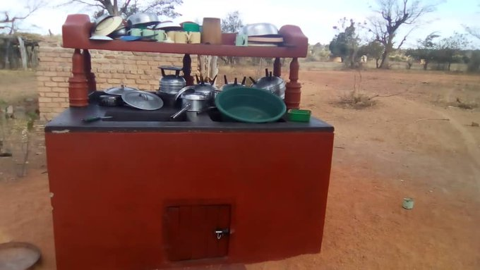 Chitanangare Out door sink and dish rack