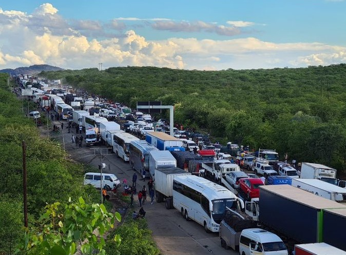 congestion aat Beitbridge border post
